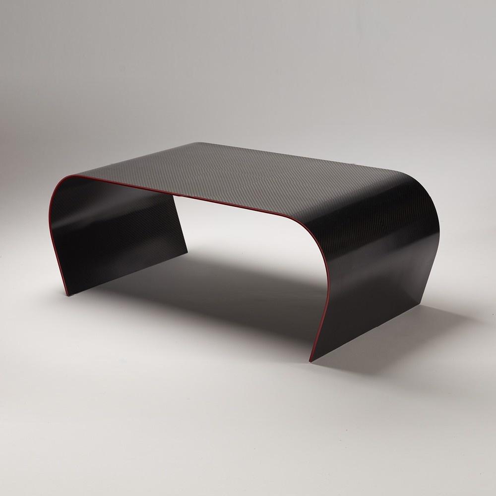 Table basse ULTIME, design moderne en fibre de carbone, un matériau industriel de luxe